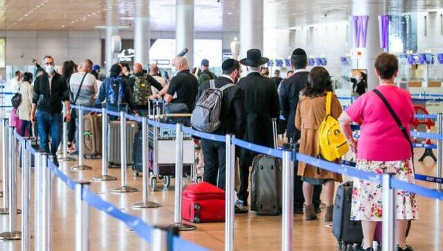 Dünyaya kapanmıştı... 2 bin yolcu sınırlamasıyla girişleri başlatıyor