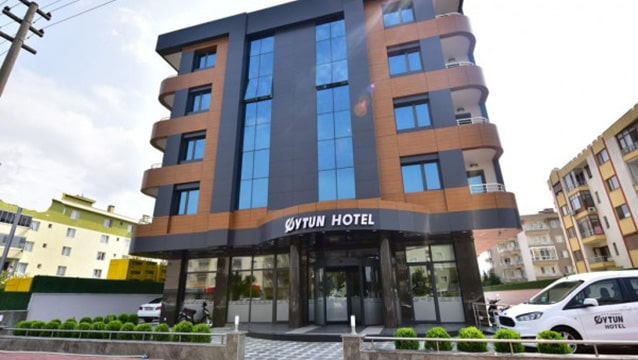 200 yataklı otelin açılışı yapıldı