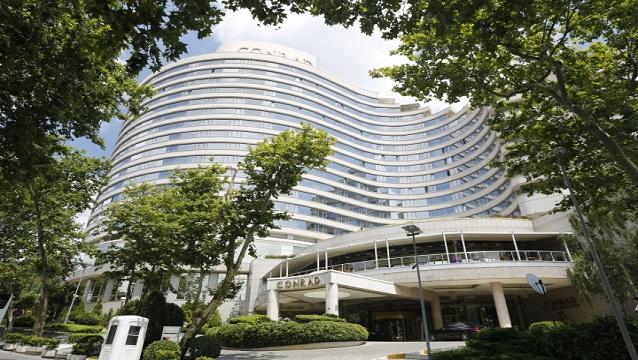 Conrad İstanbul Bosphorus Türkiye'nin en iyi oteli seçildi
