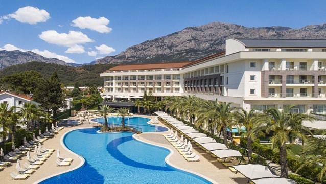 Hilton'un Antalya'daki ilk resort oteli Double Tree by Hilton açıldı