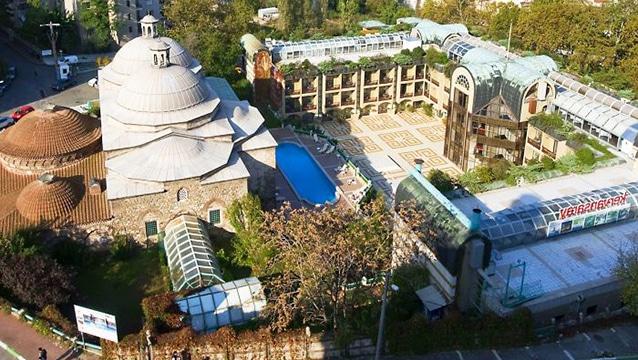 Holding'in 5 yıldızlı oteli icradan satılık