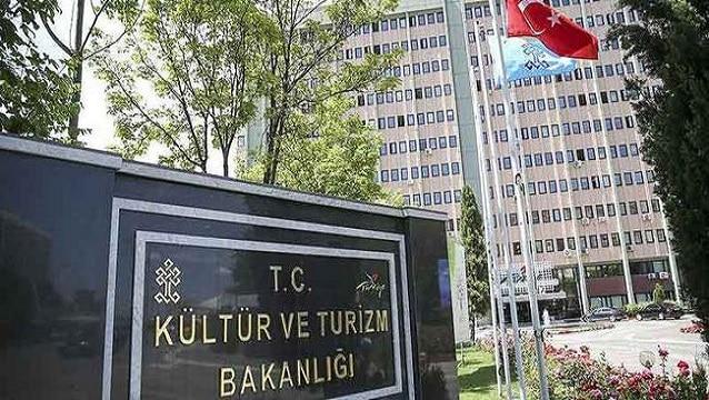 Kültür ve Turizm Bakanlığı'nın 11 bürokratı görevden alındı