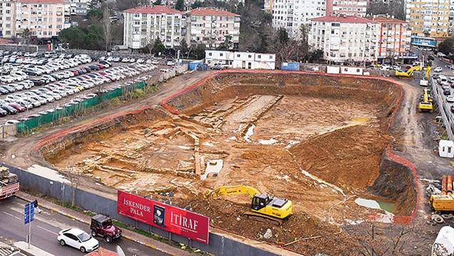 Otel inşaatından tarih fışkırdı, proje rafa mı kalkacak?