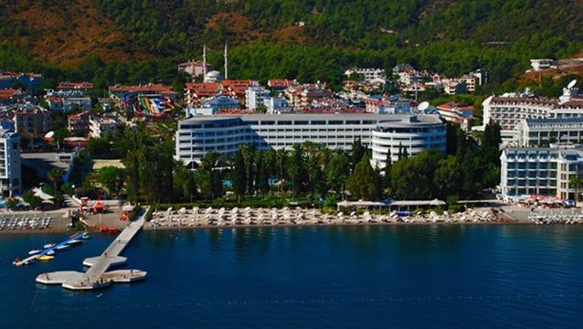 Şahenk D-Resort Grand Azur Oteli'ni turizm devine satıyor