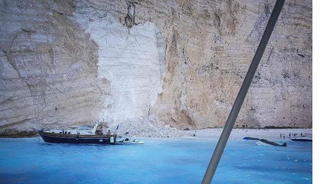 Yunanistan'ın ünlü plajında inanılmaz olay