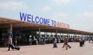 İşte 10 ayda Antalyaya en fazla turist getiren tur operatörleri!