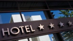 375 otel daha