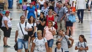 Antalyada 15 milyon sınırı aşıldı