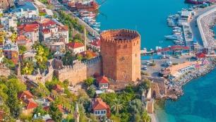 Antalya'da İranlılar Almanları geçti