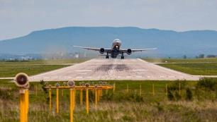 Antalya uğruna 11 saatlik uçuş İlk kafilede 220 turist geldi
