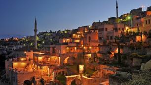 """Argos in Cappadocia, Türkiye'nin """"En iyi kültürel miras oteli"""" seçildi"""