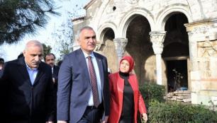 Ayasofya Cami ziyarete kapanacak