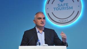 Bakan Ersoy: Türkiyeye gelen turist eğer pozitif çıkarsa