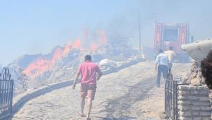 Bodrum'da yangın yerleşim yerlerini tehdit ediyor!