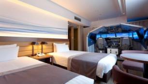 Bu otel odası uçuş tutkunları için!