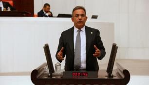 Çetin Osman Budak: Turizm çalışanlarına 1167 lirayı bile çok gördüler