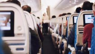 Charter uçaktaki 68 yolcudan 47'si pozitif çıktı, tüm uçuşlara yasak geldi