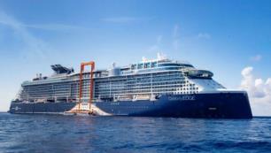 Dev yüzen otel Galataporta geliyor