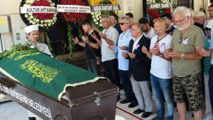 Duayen turizmci Nişlioğlu son yolculuğuna uğurlandı