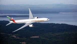 Emirates öğrencilere ve ailelerine yıl boyunca avantaj sağlıyor