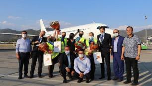 Gazipaşa-Alanya, Avion Express'in ilk seferini karşıladı