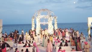Hintli milyarderler düğün için Antalyada!