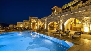 Kayakapı Premium Caves Cappadocia dünyanın en lüks oteli seçildi