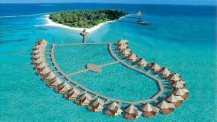 Maldivler turistlere açılıyor
