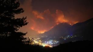 Muğlada büyük orman yangınıOteli de etkiledi!