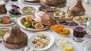 Nerede o eski Ramazan Sofraları diyenlere, Osmanlı usulü Ramazan Sofrası