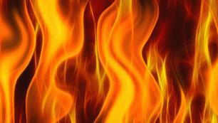 Otel boşalttıran yangın!