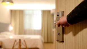 Otelde kaybolan 500 bin liralık saat nerede?
