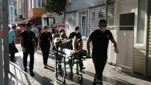 Otelde yemekten zehirlenen 30 kişi hastaneye kaldırıldı