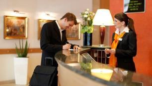 Oteller müşteriden kimlik fotokopisini alabilir mi?