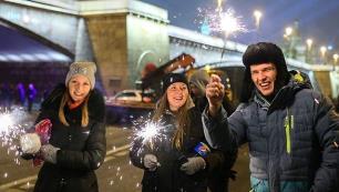 Ruslar yılbaşında tatile doyacak!