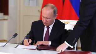 Rusyada 18 yaş altındakilerin yurtdışına seyahatinde yeni dönem!