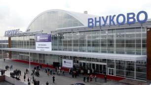 Rusya diğer ülkelerle hava trafiğini tamamen durdurdu
