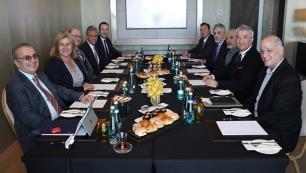 Sektör liderleri turizmdeki istihdam sorunlarını konuştu
