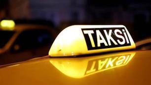 Taksici o sözler için turistten özür diledi