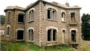 Tarihi Kızlar Manastırının İskenderun Belediyesi'nin borcuna karşılık olarak Hazine'ye geçti