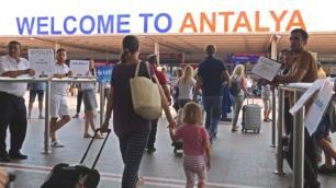Temmuzun ilk haftasında Antalyaya 27 bin yabancı turist geldi