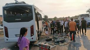 Transfer otobüsü kaza yaptı; 4 turist öldü 15'i yaralı…