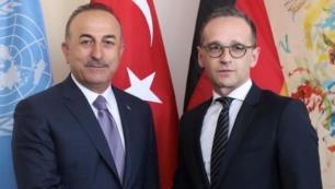 Turizm için kritik görüşme gerçekleşti Çavuşoğludan çağrı!