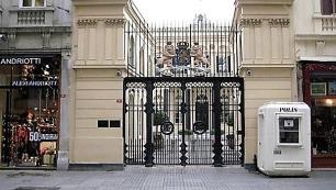 Türkiyedeki Hollanda elçilikleri kapatıldı