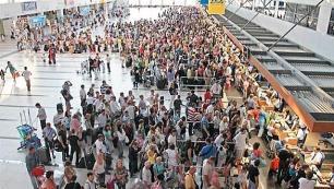 Türkiyeye 7 ayda gelen turist sayısı açıklandı