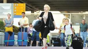 Türkiyeye büyük turist göçü başlıyor, işte uçuş programları!