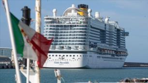 Türklerin de olduğu dev gemi karantinaya alınmıştıAçıklama geldi