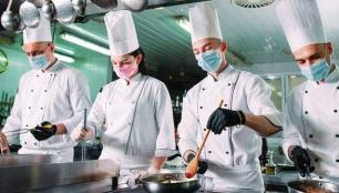 Unilever Food Solutions'dan Güvenilir Eller