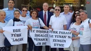 Yunanistan'ı Etstur önünde protesto ettiler