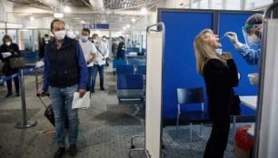 Yunanistan seyahat kısıtlamasını iki hafta daha uzattı